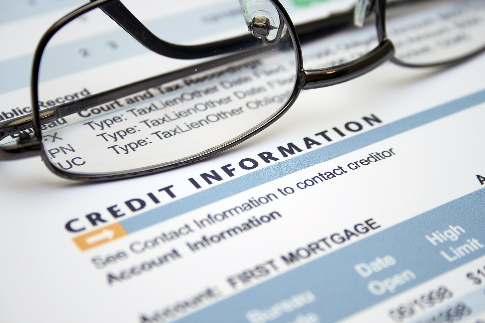 10 credit score myths